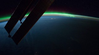 A planetary time lapse from the International Space Station