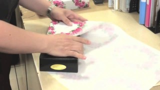 How to wrap presents quickly and easily
