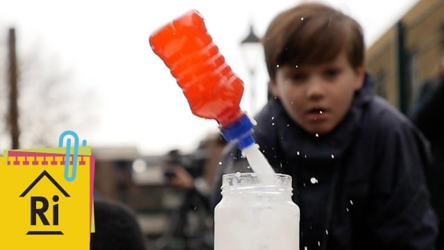 How to make fizzy bottle rockets – ExpeRimental