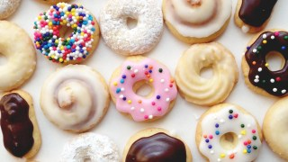 How To Make Mini Donut Cookies – SweetAmbs