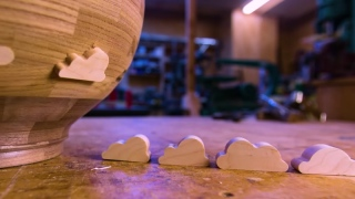 Maple Clouds –Making a wooden bowl in stop motion