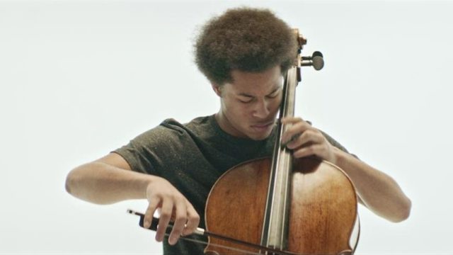 Sheku Kanneh-Mason plays Saint-Saëns' The Swan