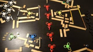 Spinners, a Kaplamino marble run with 10 fidget spinner tricks