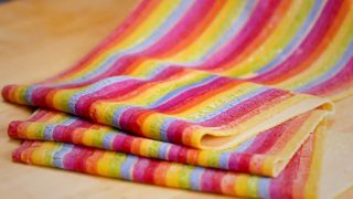 How does Salty Seattle make rainbow pasta without artificial flavors?