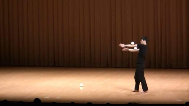 Japanese Juggling Festival 2012: Yanazo's winning performance