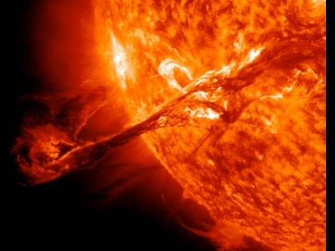 NASA: Magnificent Solar Eruption in Full HD