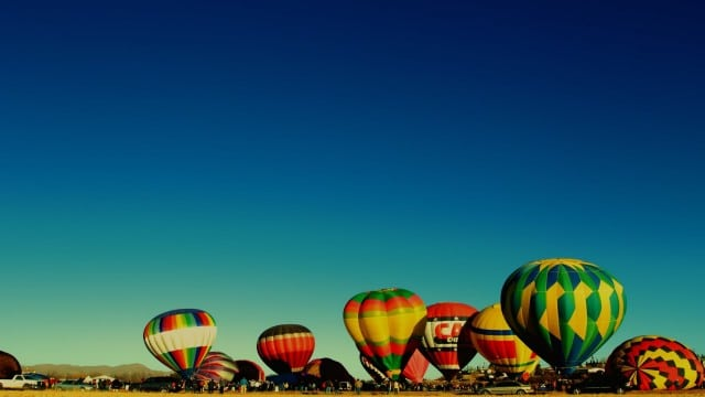 Time lapse: Hot air balloons inflating for launch