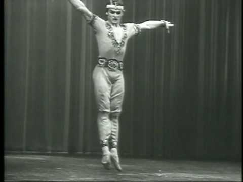Mikhail Baryshnikov competing and winning in Moscow