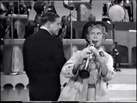 Harpo Marx plays the clarinet