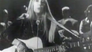 Joni Mitchell performs The Circle Game