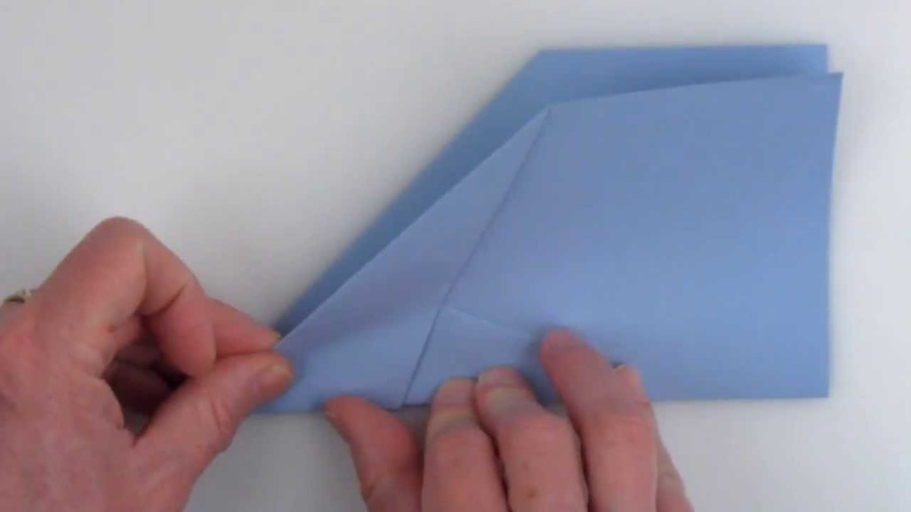 How To Fold The Worlds Best Paper Airplane The Kid Should See This