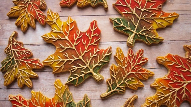 How To Decorate Cookies To Look Like Fall Leaves –SweetAmbs