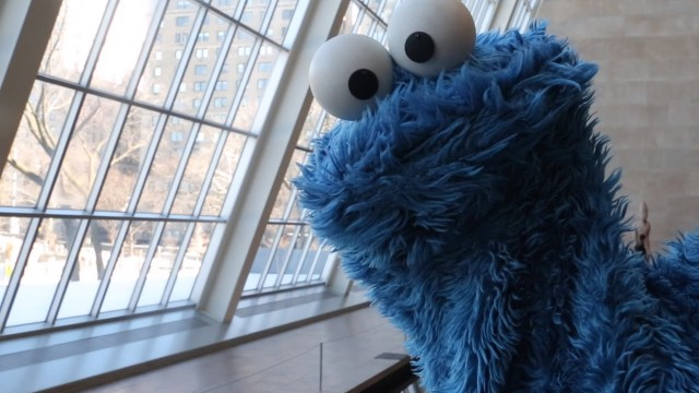 "Cookie Monster's food-related ""showerthoughts"" at the museum"