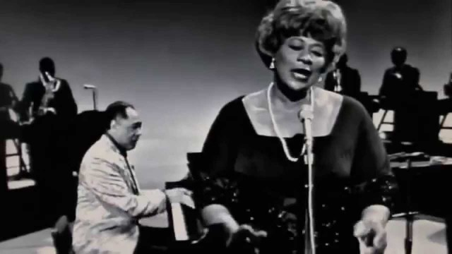 Ella Fitzgerald with Duke Ellington: It Don't Mean A Thing (1965)