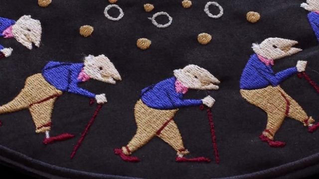 Embroidered zoetrope animations by Elliot Schultz
