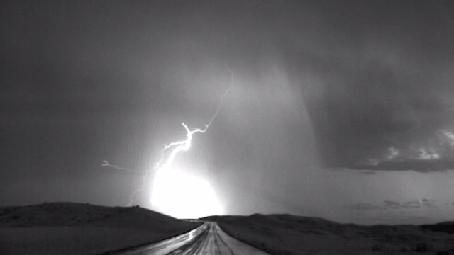 Slow motion lightning over South Dakota at 2,000 fps