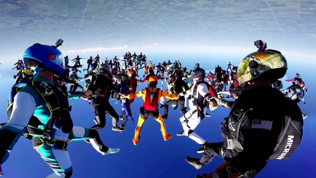 World Record Group Skydive – 164-Person Formation