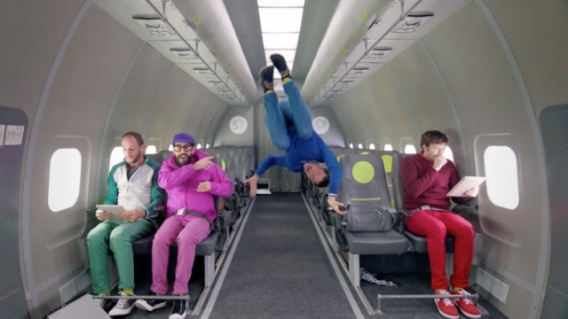 Upside Down & Inside Out – OK Go in zero-g