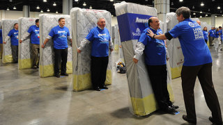 1,200 human mattress dominoes set a Guinness World Record