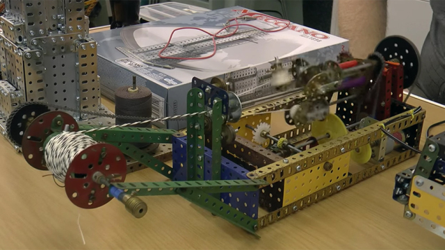 Meccano Rope-Making Machine