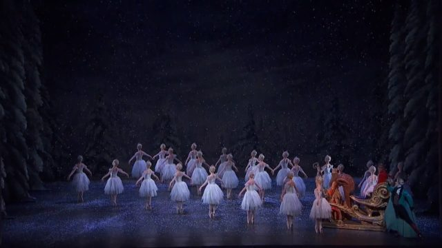 The Waltz of the Snowflakes & The Dance of the Sugar Plum Fairy