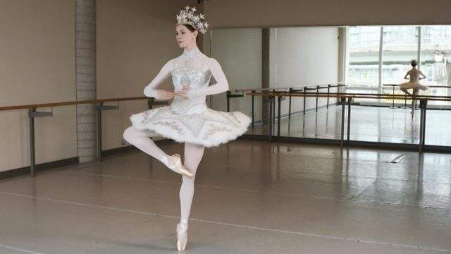 How to perform a pirouette and a French fouetté