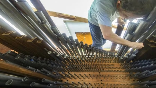 How The Met reassembled the Appleton Pipe Organ