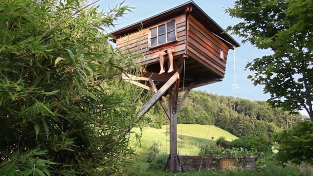 How Julian Nocker built a treehouse in Salzburg