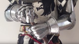 Dressing in late 14th century armor