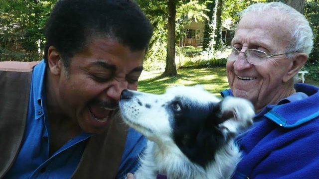 Neil deGrasse Tyson tests 'the world's smartest dog'