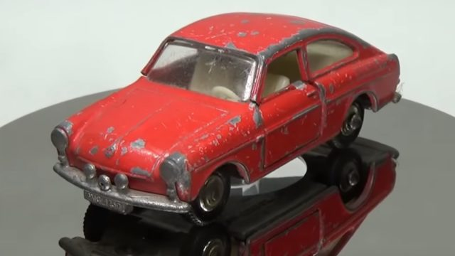 Toy Car Restoration: A No67 Volkswagen 1600 TL and a 1971 Bye-Focal