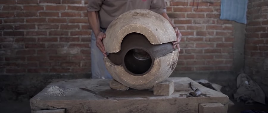 Mexican piñas pottery handmade with natural clay