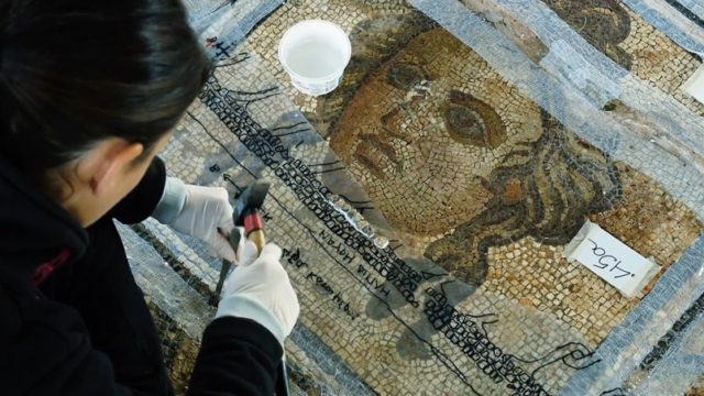 Moving and restoring an ancient Greek mosaic