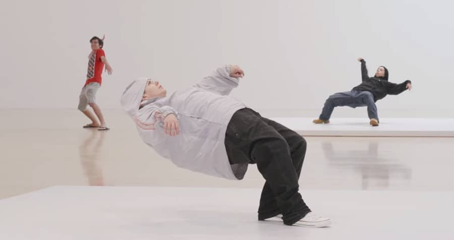 xu zhen - blink of an eye at moca