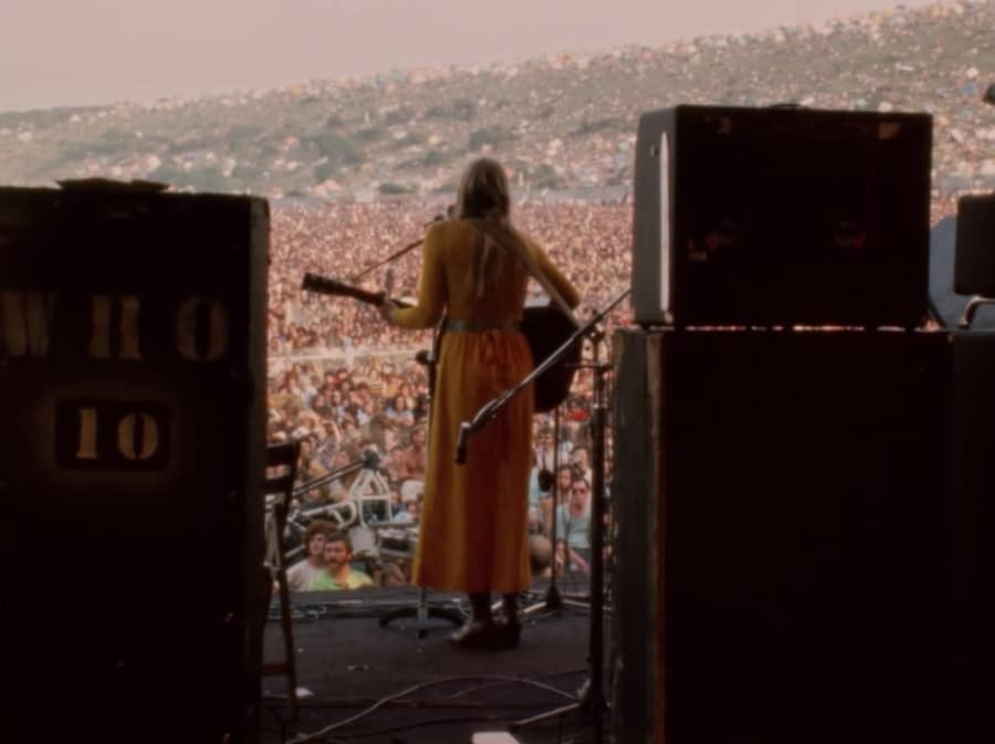 joni mitchell - The Isle Of Wight Festival in 1970