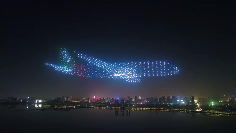 airplane LED drones