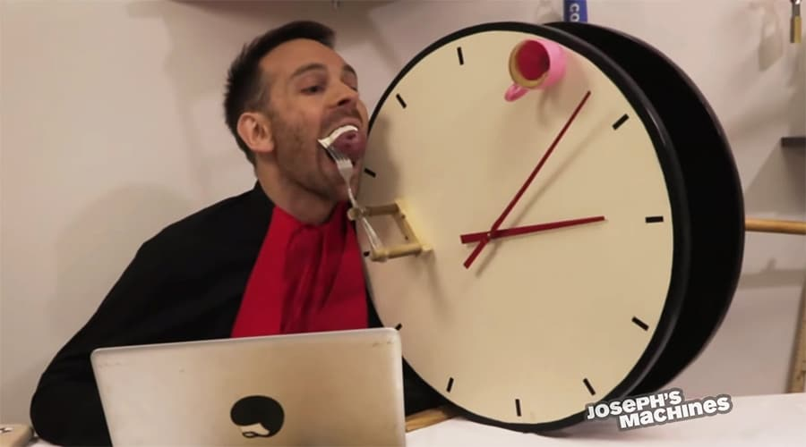 clock with potatoes