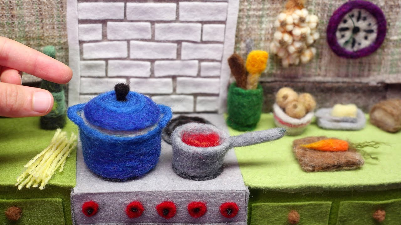 Pasta with Red Sauce, a felted stop-motion animation | The Kid Should See This