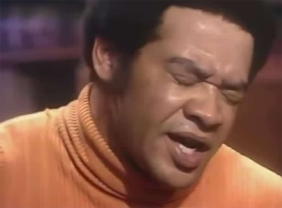 bill withers sings ain't no sunshine