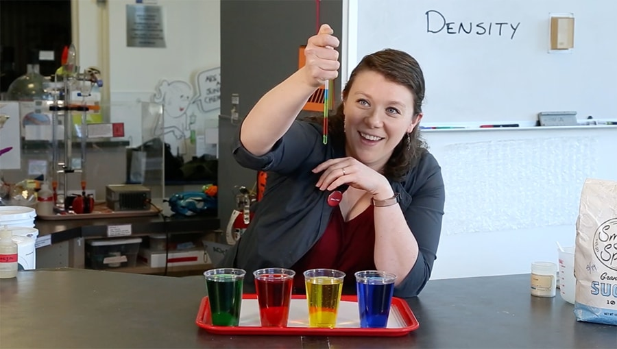 sugar rainbow straw demonstration
