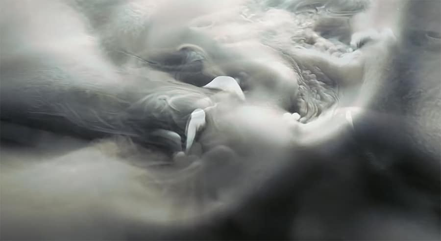 Icy Bodies: Dry ice in water