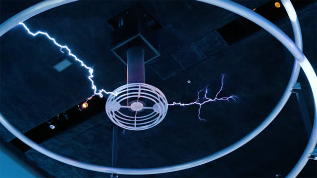 tesla coil at MSI Chicago